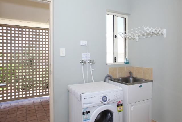 Laundry Rockpool Beach House