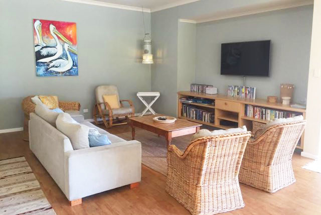 Rockpool Beach House Lounge / TV Area